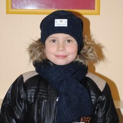 Связать модную шапку для мальчика