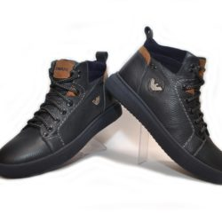Модные зимние подростковые  мужские кожаные ботинки Armani  40 размер 41 размер 42 размер 43 размер 44 размер 45 размер. Верх-натуральная кожа, утеплитель-нат. мех, мягкие, тёплые. Подошва толстая, супинатор.