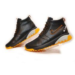 Зимние кожаные мужские подростковые спортивные ботинки кроссовки Nike Air 40 размер 41 размер 42 размер 43 размер 44 размер 45 размер. Верх-натуральная кожа, утеплитель-нат.шерсть, мягкие, тёплые. Подошва толстая, супинатор