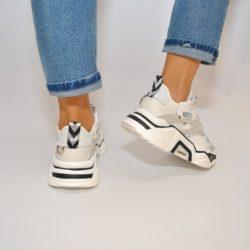 Трендовые женские кроссовки 36 размер 37 размер 38 размер 39 размер 40 размер. Стильные, отличное качество
