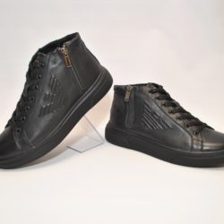 Зимние мужские кожаные ботинки Armani 40 размер 41 размер 42 размер 43 размер 44 размер 45 размер. Верх-натуральная кожа, утеплитель-нат.шерсть, мягкие, тёплые. Подошва толстая, супинатор.