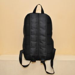 Трендовый  рюкзак Off white , текстиль ,  размеры высота 44ширина 30 глубина 14, внутри 2 отсека